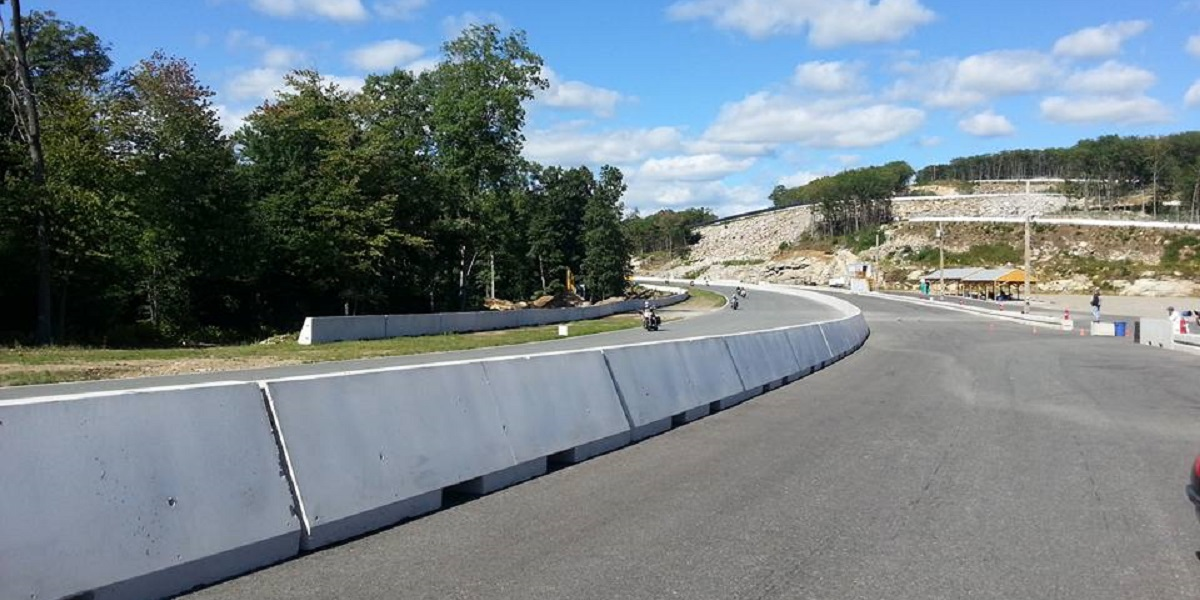 Palmer Motorsports Park front straight