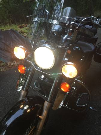 Honda Shadow with light bar